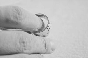 Jak wziąć rozwód?